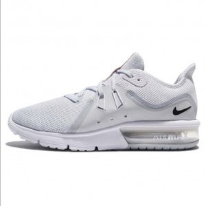 NEW Nike Air Max Sequent 3